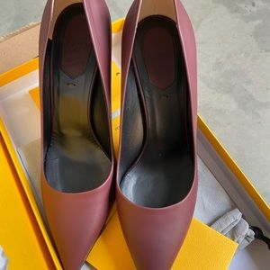 Fendi Pointy Toe Heels